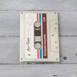 paprcuts_étui-de-passeport-cassette-audio-vintage