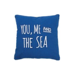 sass-and-belle_coussin-you-me-and-the-sea