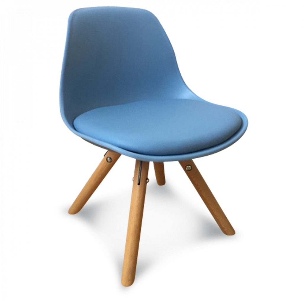 Chaise scandinave enfant bleu little marmaille for Chaise scandinave bleu