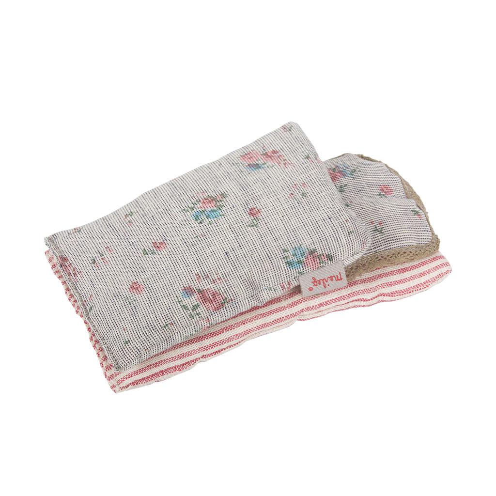linge de lit pour souris ou lapin micro my gris. Black Bedroom Furniture Sets. Home Design Ideas